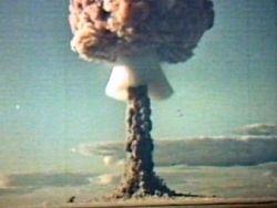 12 августа 1953 года: испытания первой в мире водородной бомбы