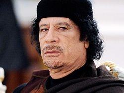 Каддафи грозит казнью за нелицензионные спутниковые телефоны