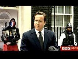 Дэвид Кэмерон стал героем  фотожаб