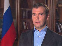Саммит в Астане: Медведев положил галстук в карман