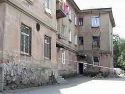 Во Владивостоке ночью эвакуировали жильцов жилого дома