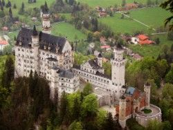 В Баварии 20 туристов провели ночь в фуникулере
