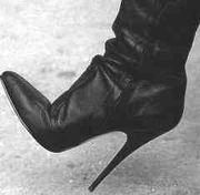 Высокие каблуки - серьезная проблема для здоровья
