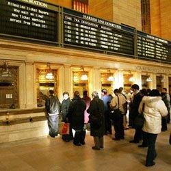 Чехи ликвидируют очереди к билетным кассам