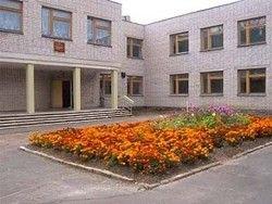 В России закроется более тысячи школ