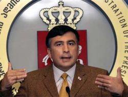 Саакашвили счел упавшую ракету вкладом в грузино-осетинскую дружбу