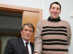 Украинский ветеринар признан самым высоким в мире человеком