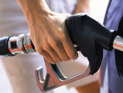 Бензин подорожал до самого высокого уровня в Японии