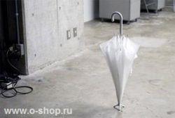Очень стойкий зонтик