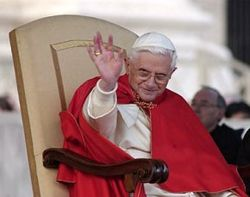 Папа Римский попал в число самых элегантных мужчин на Земле