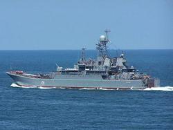 Украина пыталась не пустить корабль РФ через Керченский пролив