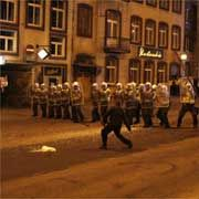 В Таллине награждены полицейские, подавлявшие недавние волнения