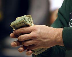 Какие кредиты делают вечными должниками