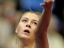 Мария Шарапова снялась с теннисного турнира в Лос-Анджелесе