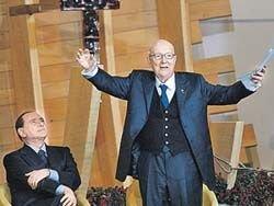 Берлускони любит молоденьких, чтобы прожить 150 лет?!