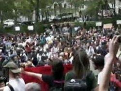 На Уолл-Стрит началась массовая акция протеста