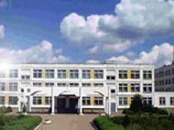 В московской школе обнаружили нелегальную сауну с бассейном
