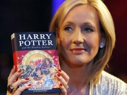 Джоан Роулинг решила не судиться с французским подростком, выложившим в интернете свой перевод седьмой книги о Гарри Потере