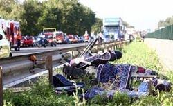 На юге Испании перевернулся автобус, есть погибшие и раненые