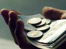 Впервые за месяц евро опустился ниже 1,36 доллара