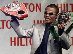 Рой Джонс проведет бой с пятикратным чемпионом мира