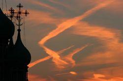 Большинство православных россиян не крещены и не ходят в церкви