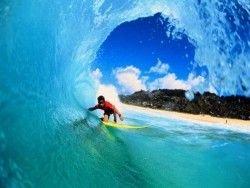 Серфинг стал обязательным предметом для школьников Гавайев