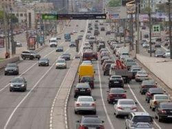 Транспортный налог предлагают заменить на экологический