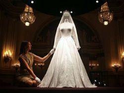 Выставка платья Кейт Миддлтон поставила рекорд посещаемости