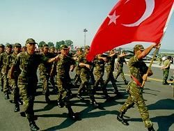 Парламент Турции разрешил армии наносить удары по Ираку