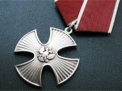 Медведев наградил Багапша посмертно орденом