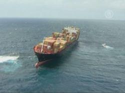 Контейнеровоз налетел на риф у Новой Зеландии