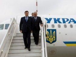 Самолет Януковича зацепился за трап и получил повреждения