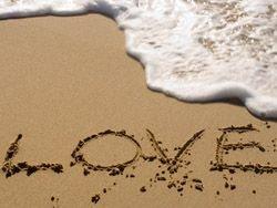 Сегодня любовь превратилась всего лишь в затертое слово