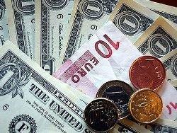 Доллар упал на 30 копеек