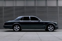 Bentley Arnage отзывают из-за проблем с креплением колес
