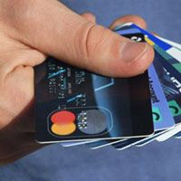 Возможности и недостатки пластиковых карт