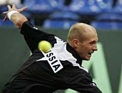 Давыденко вышел в 14 турнира в Цинциннати, а Петрова и Кузнецова успешно выступают в Торонто