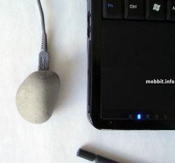Внешний жесткий диск в виде камня