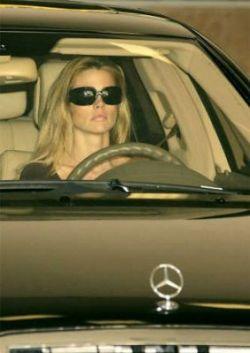 Любимые автомобили голливудских звезд (фото)