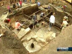 Археологи нашли в Московском Кремле шестопер и два гриба