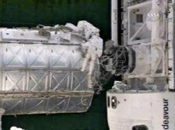 """Endeavour вернется на Землю раньше срока из-за урагана \""""Дин\"""""""
