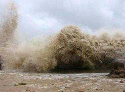 В Китае из-за тайфуна эвакуирован почти миллион жителей