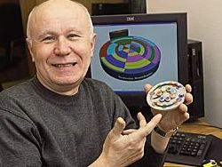 Изобретатель придумал головоломки для всех возрастов