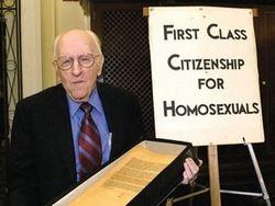 В США скончался легендарный гей-активист Фрэнк Кэмени