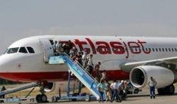 Турецкий самолет был захвачен с помощью пластилина