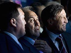 Президент Казахстана показал президенту России, как можно править страной