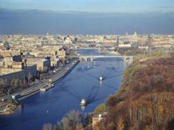 С Москвы-реки убирают все плавучие заведения