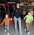 Виктория Бекхэм провела день с сыном
