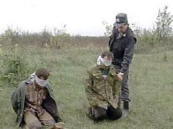 В Чечне задержали трех боевиков, взрывавших милицейские машины